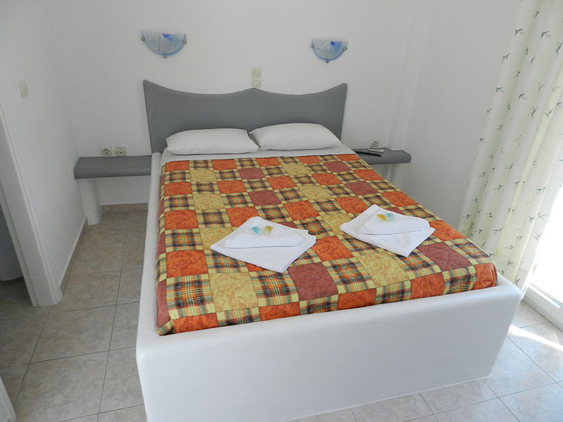 Prezanis rooms in Kimolos