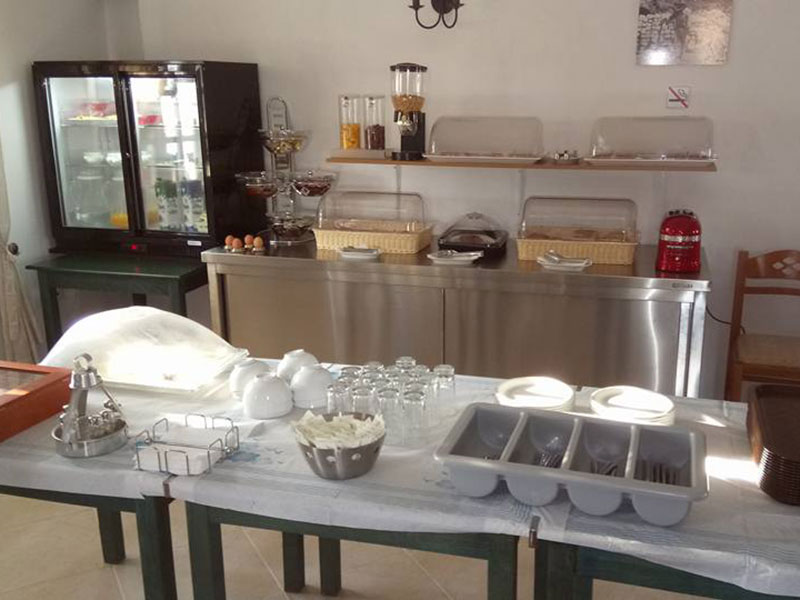 Breakfast buffet at Prezanis rooms in Kimolos